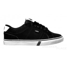 DVS Crenshaw Black FT Nubuck skater shoes